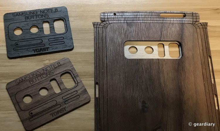 GearDiary 21-Toast Wood Veneer Skin for the Samsung Galaxy Note8 Review-020