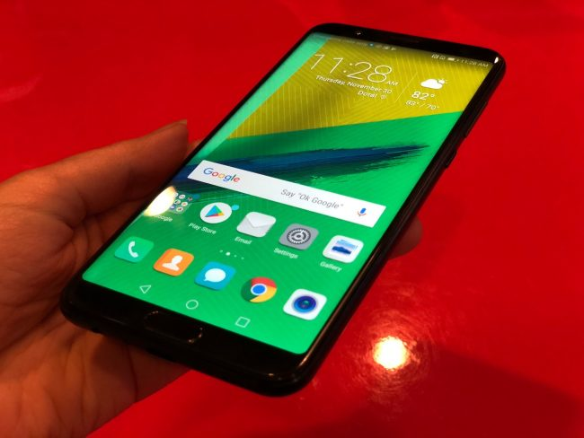 GearDiary The Honor 7X Challenges the Moto G5 for Best Android Bargain