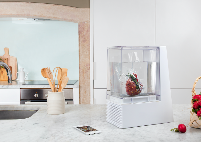 GearDiary In Time for the Holidays, Mellow Offers a Deal on their Smart Sous-Vide Machine