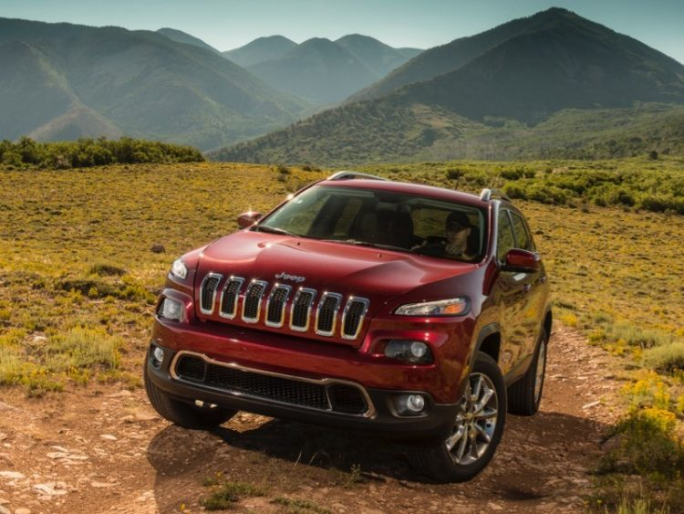 GearDiary Jeep Cherokee: Distinctive Styling with the Heart and Soul of a Jeep