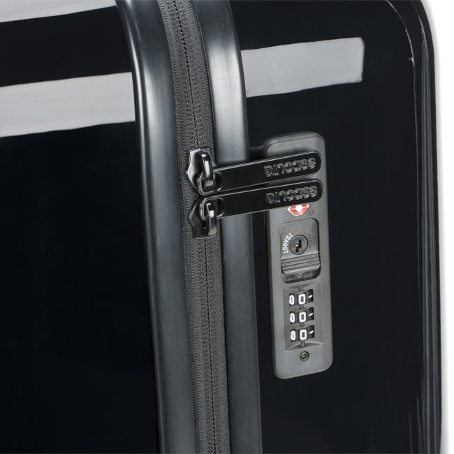 You'll Want the Incase ProConnected Power-Optimized, Connected 4-Wheel Luggage
