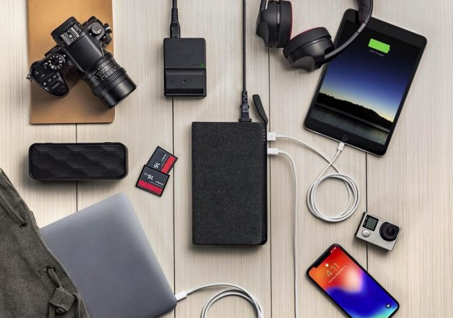 GearDiary Mophie's Powerstation AC Can Charge Your Laptop and Just About Everything Else