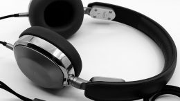 GearDiary Shinola Canfield On-Ear Wired Headphones Review