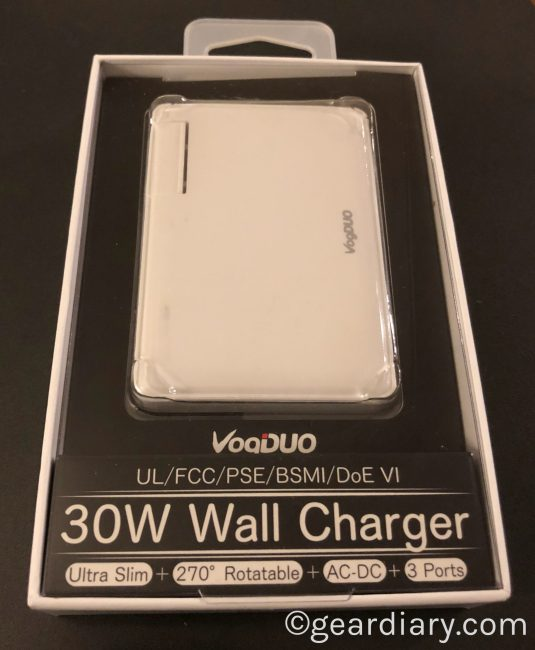 GearDiary VogDUO Charger Pro 3-Port USB Wall Charger Is Thin and Ready to Charge