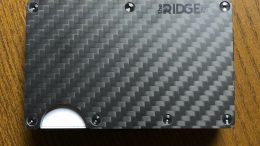 Ridge Carbon Fiber Wallet is Minimal in Design but Offers Maximum Function