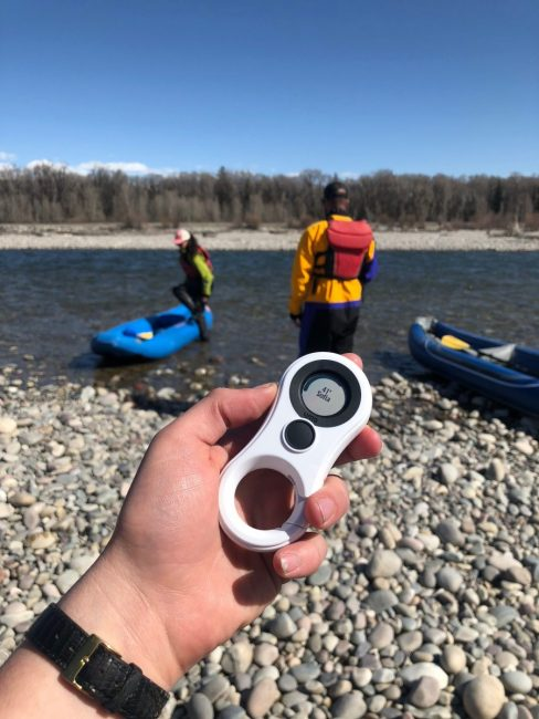 GearDiary LynQ Is a Smart Compass and Tracker That Can Save Lives