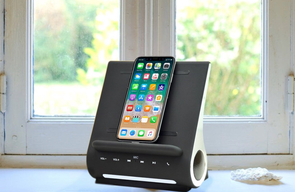Azpen DockAll D108 Sound Hub Wirelessly Charges Your Phone