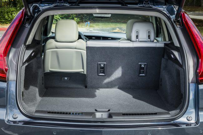 GearDiary 2019 Cadillac XT4 Premium Luxury