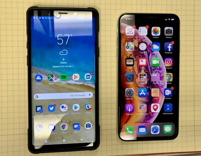 Samsung Galaxy Note 9 and iPhone XS Max - Two Awesome, Beautiful, Huge Smartphones!