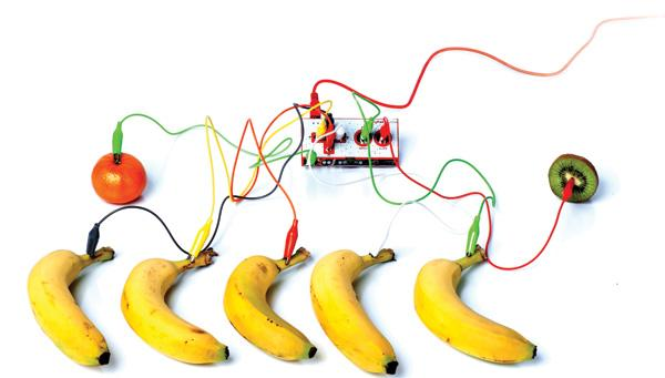 GearDiary The Makey Makey: Endless Control in a Tiny Package
