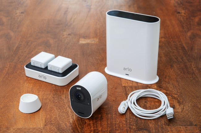 GearDiary Arlo's New Smart Security Camera Is Wire-Free & Improved in Every Way