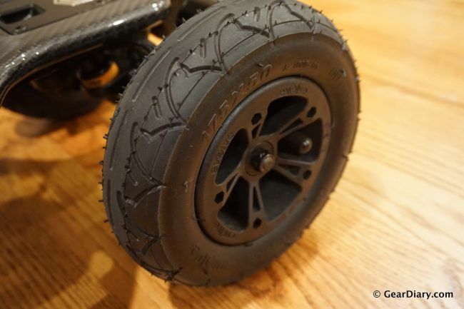 GearDiary The Evolve Carbon GT Is the Electric Skateboard of your Dreams