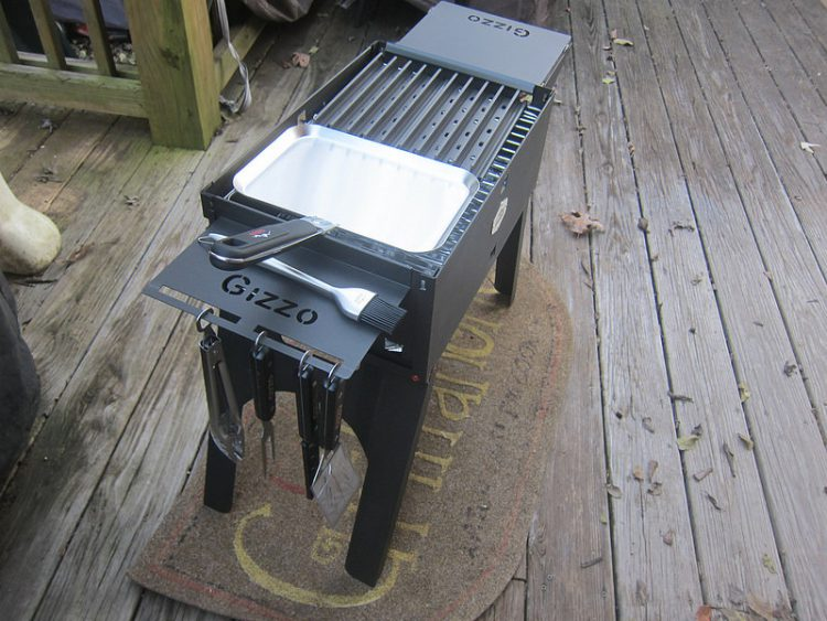 GearDiary Take Your Grill Game on the Go with the Gizzo Portable BBQ Grill