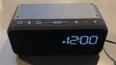 GearDiary iHome iAV14 Is a Small but Powerful Bedside Clock with Alexa Built-in