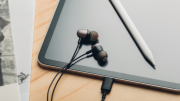 GearDiary Moshi's New USB Type-C Headsets Will Help You Cope with Having No Headphone Jack