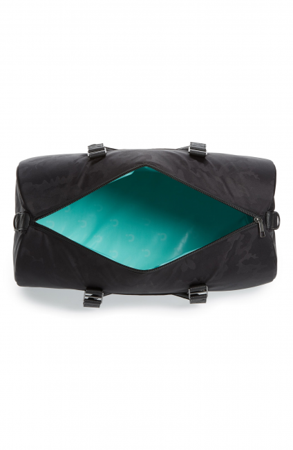 GearDiary The Corkcicle Insulated Ivanhoe Duffle Makes Transporting Food & Beverages Easier