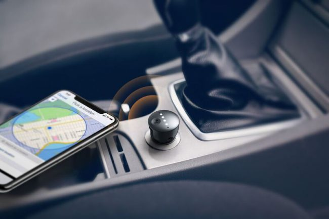 GearDiary The Anker Roav Bolt Will Add Google Assistant to Your Vehicle