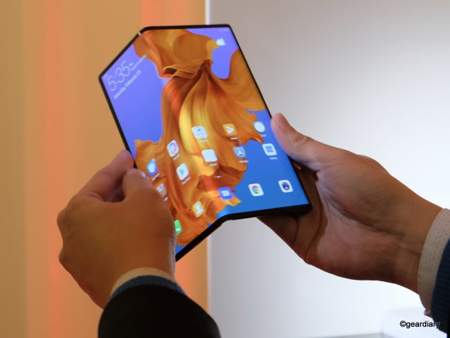 GearDiary Huawei Mate X Is the Folding Screen Phone Everyone Will Be Talking About