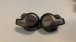 GearDiary Jabra's Evolve 65t Are a Bold Alternative to Apple's Airpods
