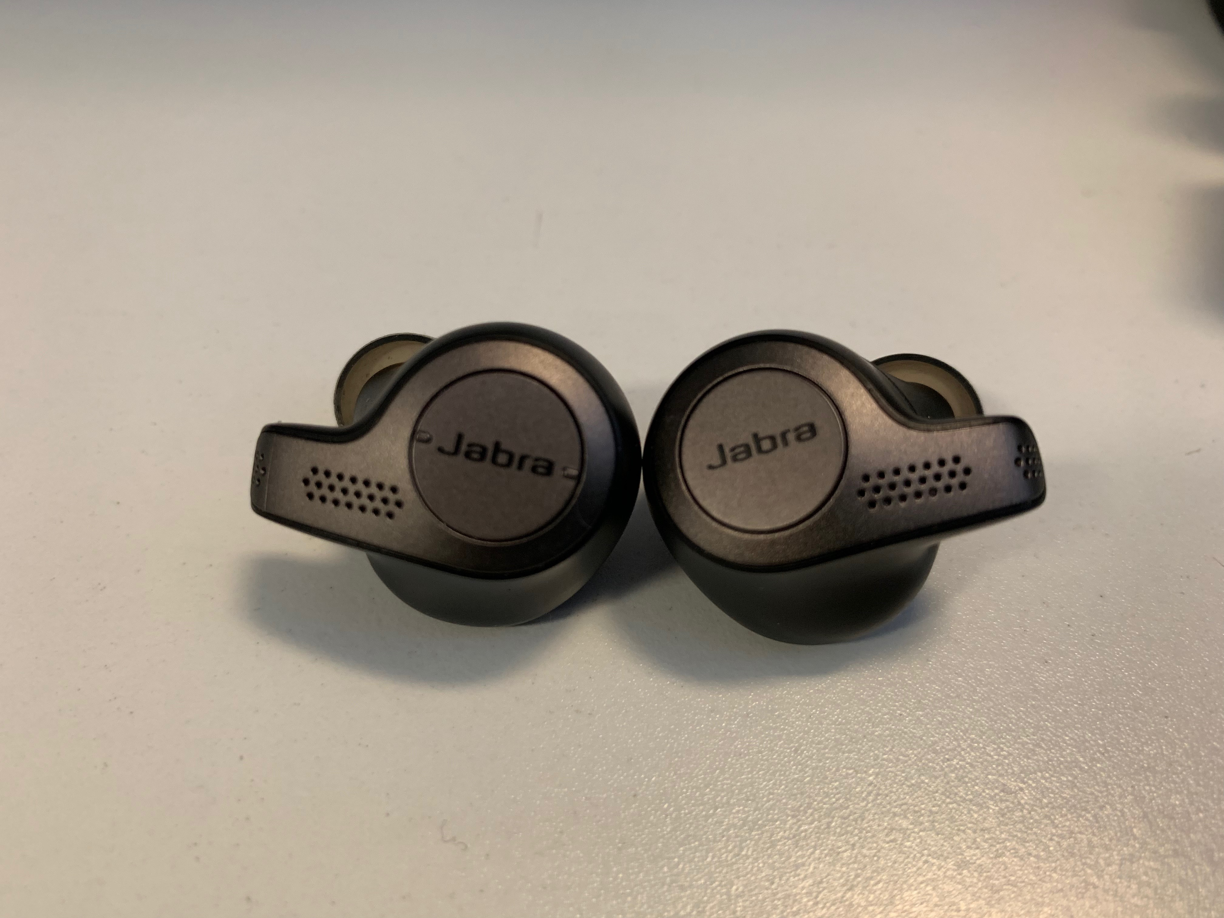 Jabra S Evolve 65t Are A Bold Alternative To Apple S Airpods