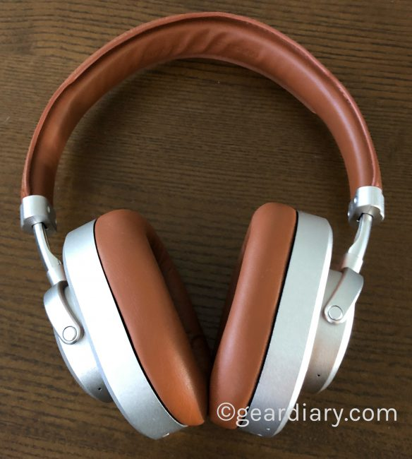 GearDiary Master & Dynamic's New MW65 Over-the-Ear Headphones with ANC Are a Gear Diary Editor's Choice
