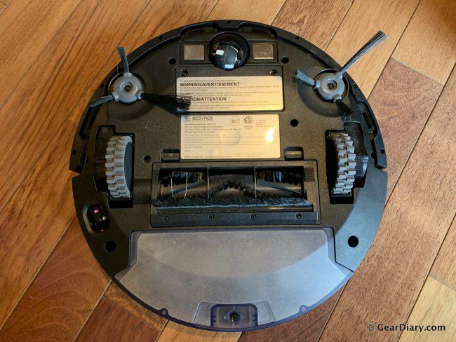 GearDiary Ecovacs DEEBOT 711 Is a Lean, Mean, Smart Cleaning Machine
