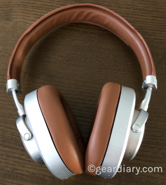 How Do $20 Bluetooth Headphones Stack Up Against More Expensive Pairs of Headphones?