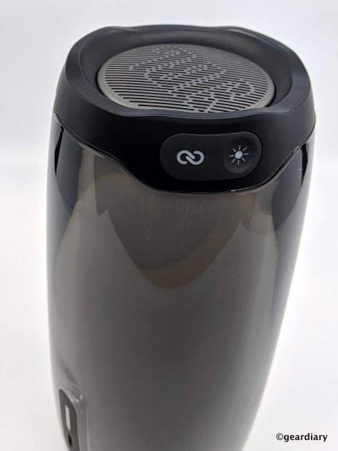 JBL Pulse 4 Review: A Mesmerizing Light Show Built into an Excellent Portable Speaker