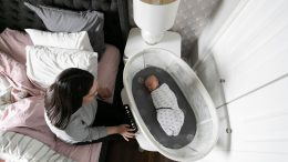 4mom's MamaRoo Sleep Bassinet Calms and Soothes