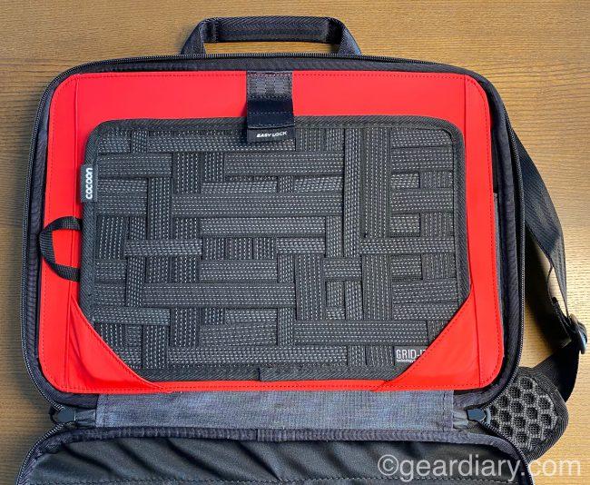 KeySmart Urban Portfolio Briefcase w//Pocket Organizer, Portable Charger