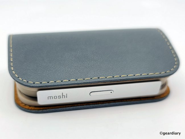 Moshi IonGo 5K Duo Portable Battery with Built-in Lightning and USB-C Cables Is Perfect for Everyday Carry
