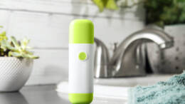 Fluo Labs Flo Can Tame Seasonal Allergies without Drugs? Yes, Please!