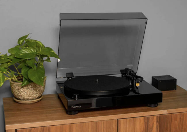 Fluance Audio RT80 Turntable